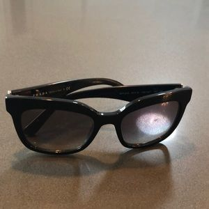 Prada Sunglasses Good Condition Black